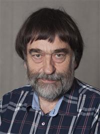 Knud J. Larsen