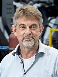 Henrik Stang