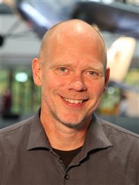 Lars Binau