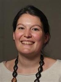 Claire Mantel